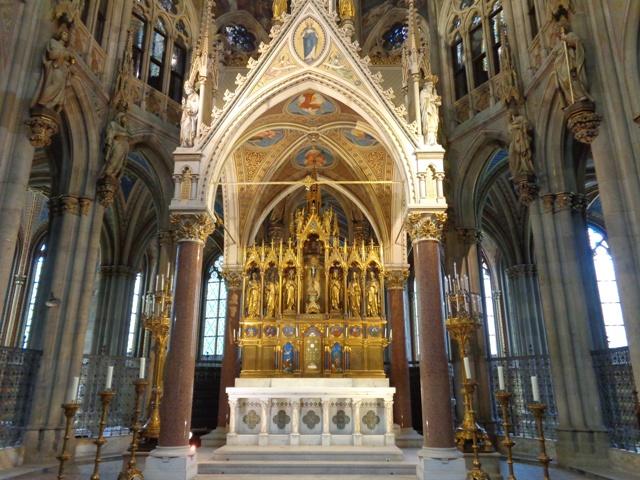 Altar in Votivkirche