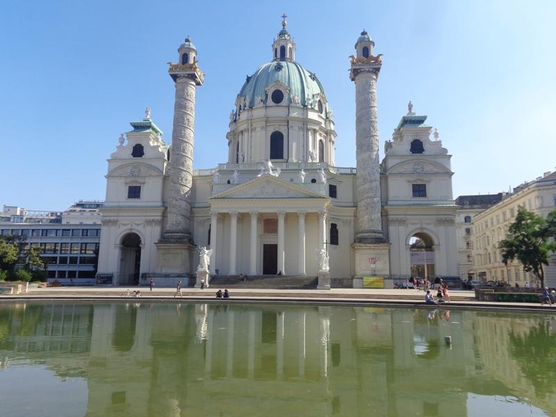 Karlskirche im Resselpark