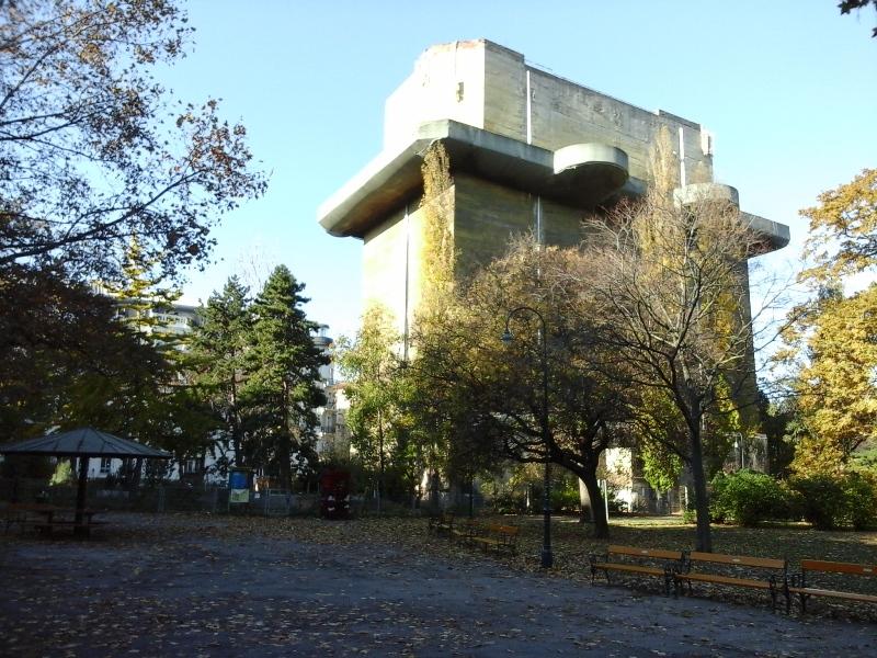 leitturm-im-arenbergpark