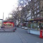 Würstlstand auf dem Schwedenplatz